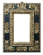 cassetta frame with carved gold leafs, Sicilia, 17th cent., red bole and black tempera rif.: La cornice italiana/ELECTA